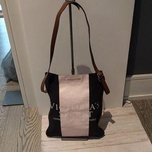 🌸 Beautiful shoulder bag Victoria Secret 🌸🌸